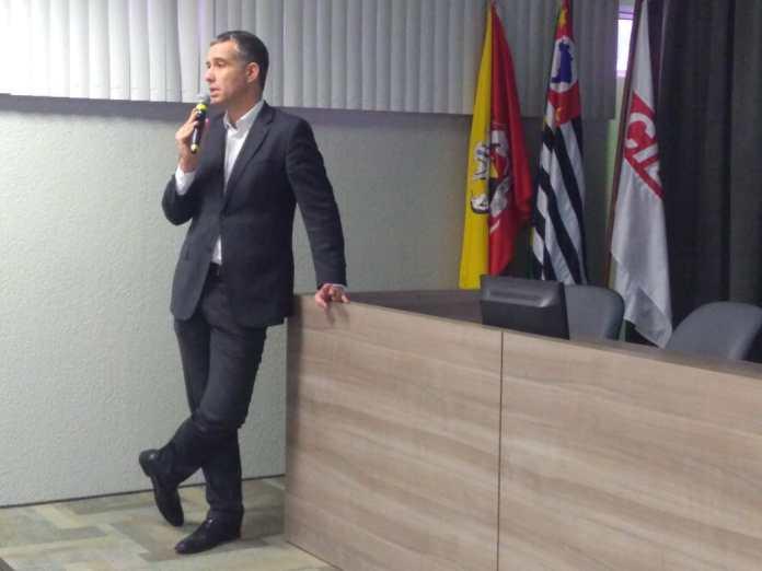 Diretor jurídico da FIESP e do CIESP na área ambiental, Pedro Carneiro