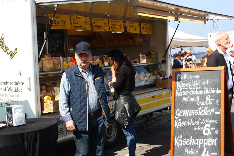 Dimanche printanier à Düsseldorf -Marché Charcuterie - Olamelama