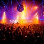 Amsterdamo šokių festivalio dalyvius perspėja dėl pavojingų linksmybių