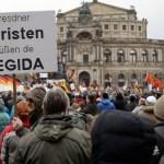 Tūkstančiai mitinguojančių Drezdene reikalavo Angelos Merkel atsistatydinimo