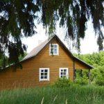 Kodėl lietuviai perka sodybas ar vasarnamius?
