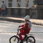 Vokietė dviračiu nuvažiavo aplankyti Lenkijoje gyvenančios močiutės
