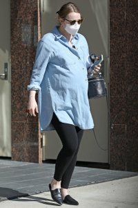 Emma Stone Shows Off Baby Bump During Afternoon Outing in Los Angeles