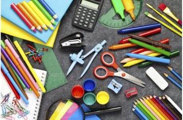 les-parents-pensent-depenser-216-euros-en-moyenne-par-enfant-pour-la-rentree-scolaire-fcafotodigital-istock-com-1472378227.jpg