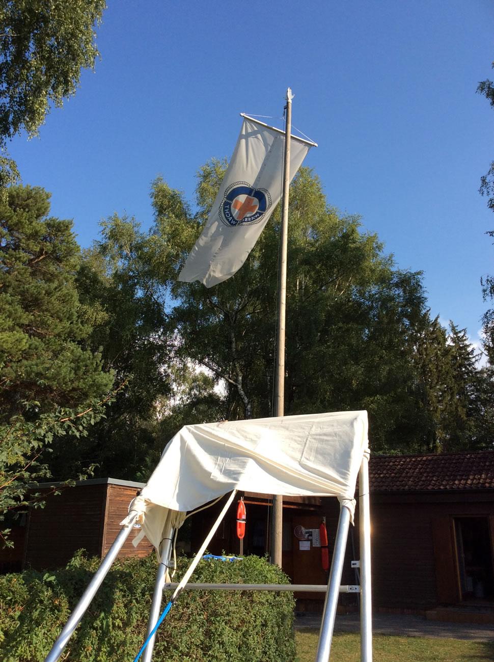 fahne-der-wasserwacht