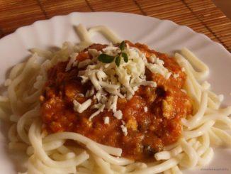 Bolognai spagetti, mediterrán, tészta, pardicsomos szósz