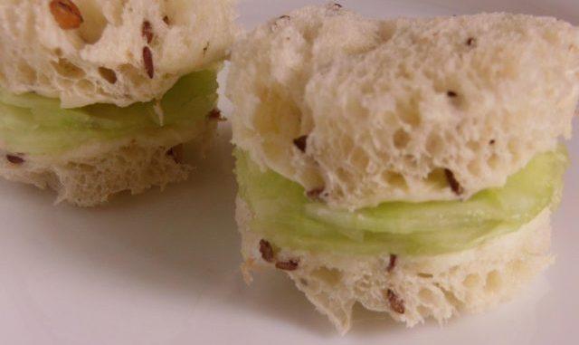 uborkás szendvics, királynő, uzsonna, snack, brit
