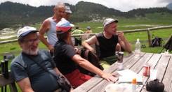 Polenta e schiz sul campigol di malga Erera