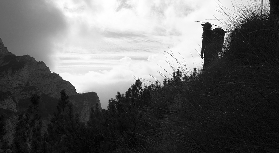 10. Sul sentiero per il Bivacco Valdo (©loris de barba)