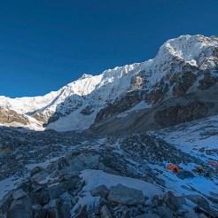 1. Campo Zemu (5050m) sul Tonghsiong Glacier