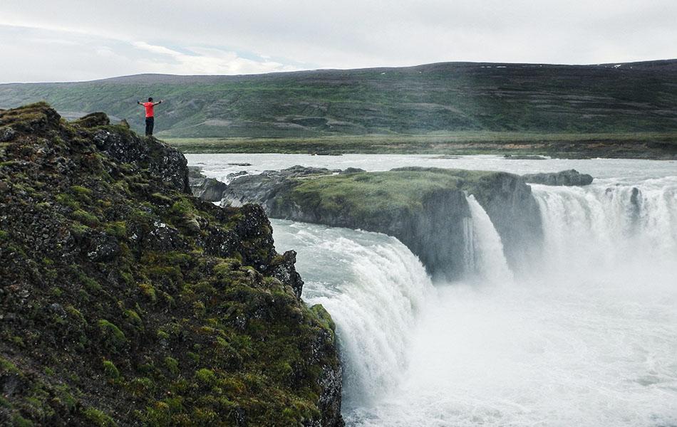 La cascata degli Dei, Goðafoss, lunedì 28 luglio