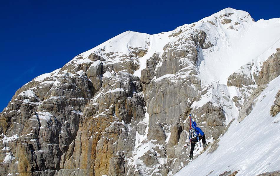 4. Sopra il rifugio Torrani in vista della nostra cima (ph. Loris De Barba)