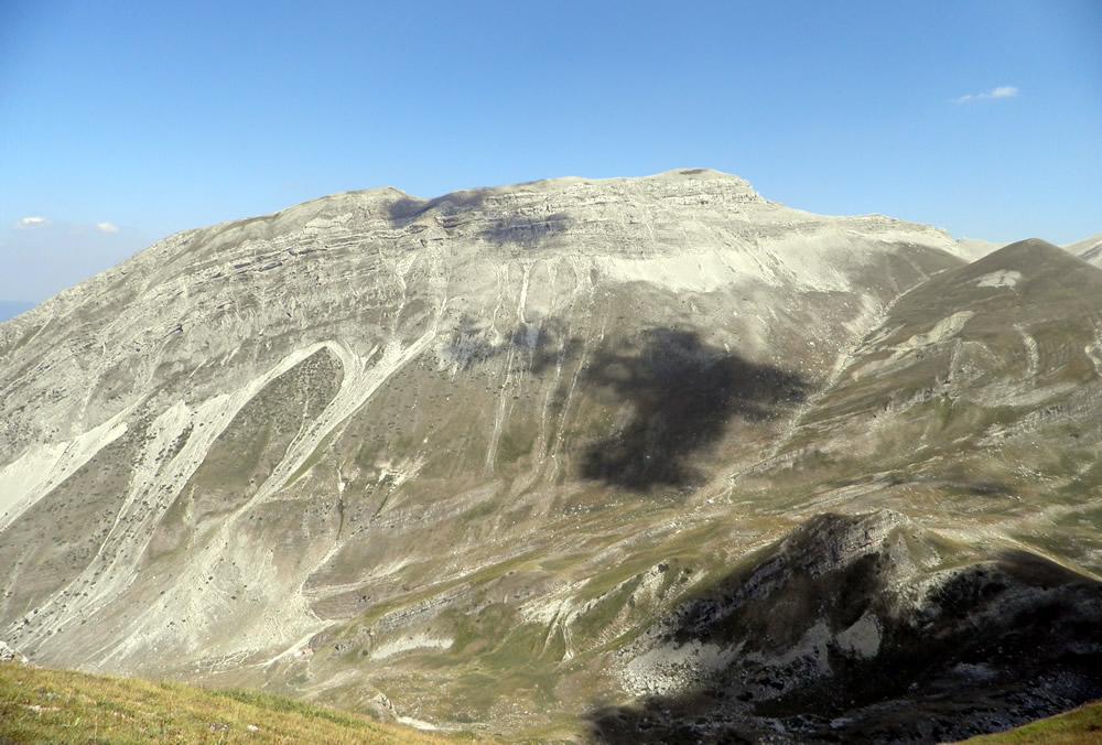Monte Corvo dalla sella Malecoste