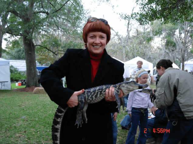 Lady with an alligator