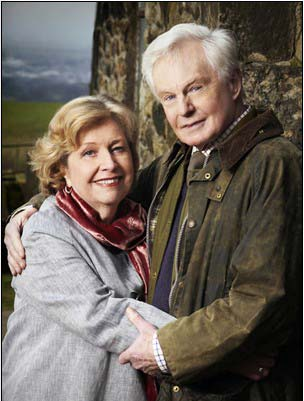 Anne Reid and Derek Jacobi in Last Tango in Halifax