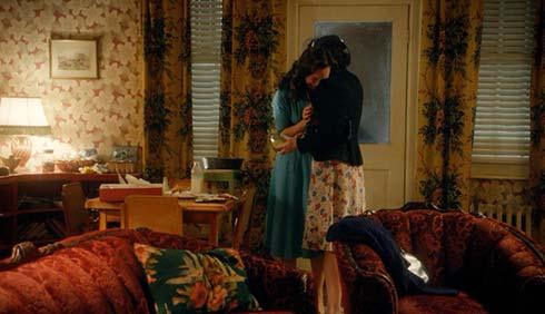 Lorna comforts Gladys