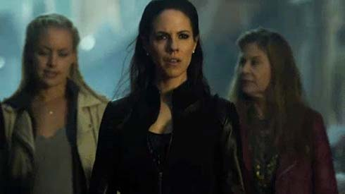 Rachel Skarsten, Anna Silk, and Linda Hamilton in Lost Girl