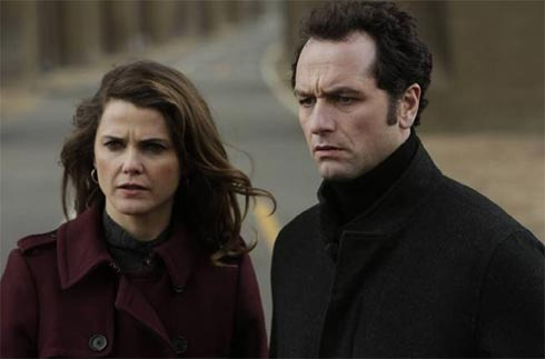 Keri Russell and Matthew Rhys in The AMericanse