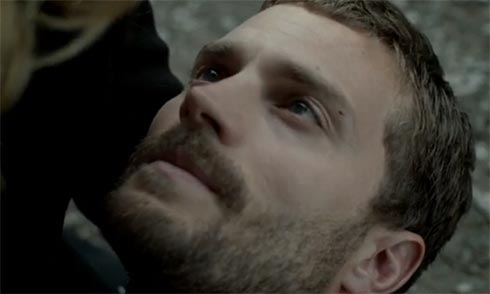 Spector dying in Stella's arms.