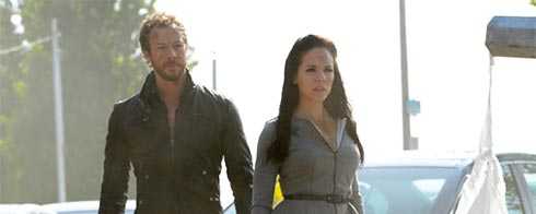 Kris Holden-Ried and Anna Silk in a scene from Lost Girl