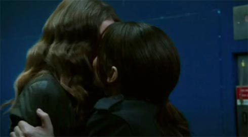 Shaw and Root kissing