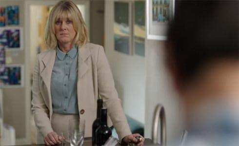 Caroline discovers John with Flora