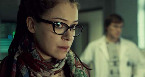 Cosima looks at Delphine with distrust