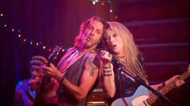 Rick Springfield and Mery Streep in Ricki and the Flash