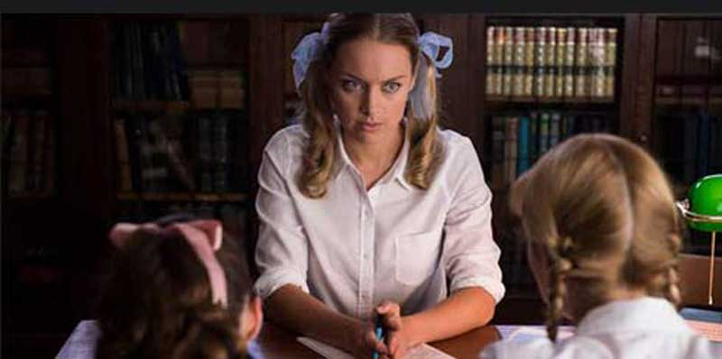 Rachel Skarsten in Lost Girl