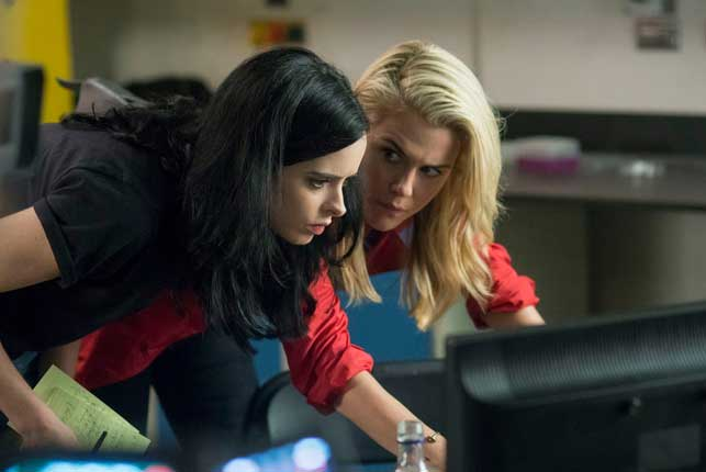 Krysten Ritter and Rachael Taylor in Jessica Jones