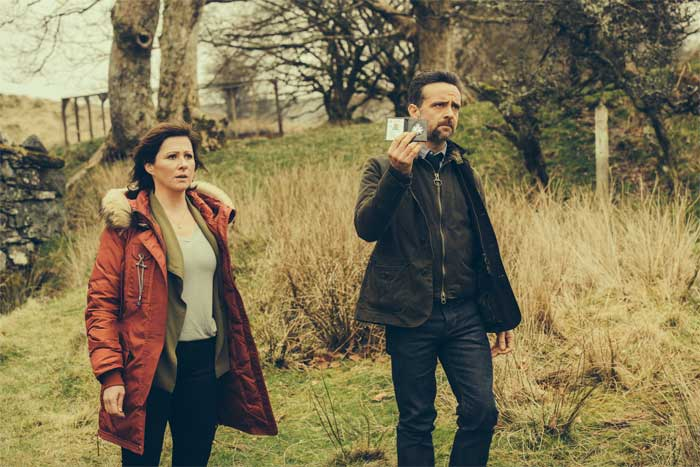 Mali Harries and Richard Harrington in Hinterland