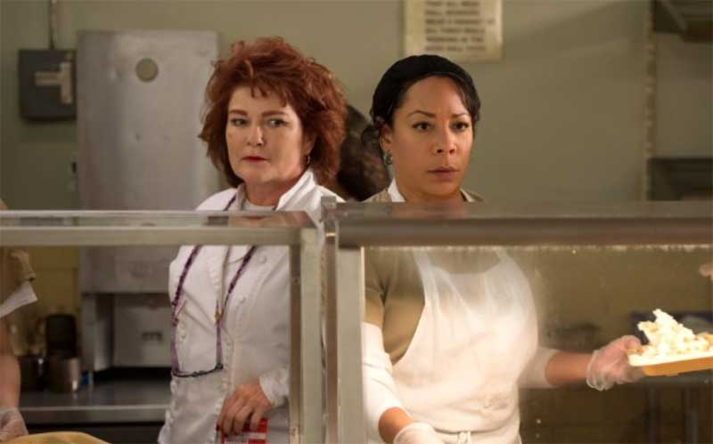 Kate Mulgrew and Selenis Leyva in Orange Is the New Black
