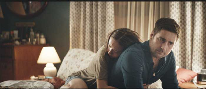 Olivia Wilde and Luke Wilson in Meadowland