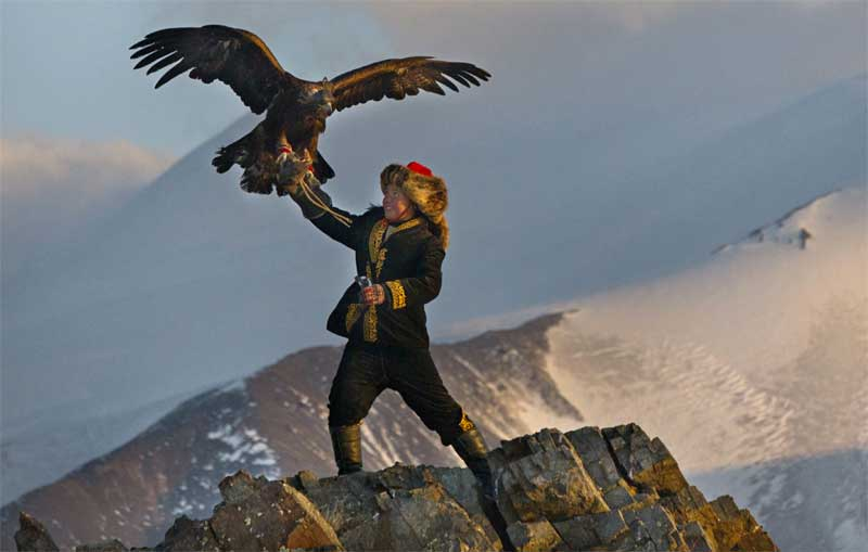 Watch This: Trailer for The Eagle Huntress