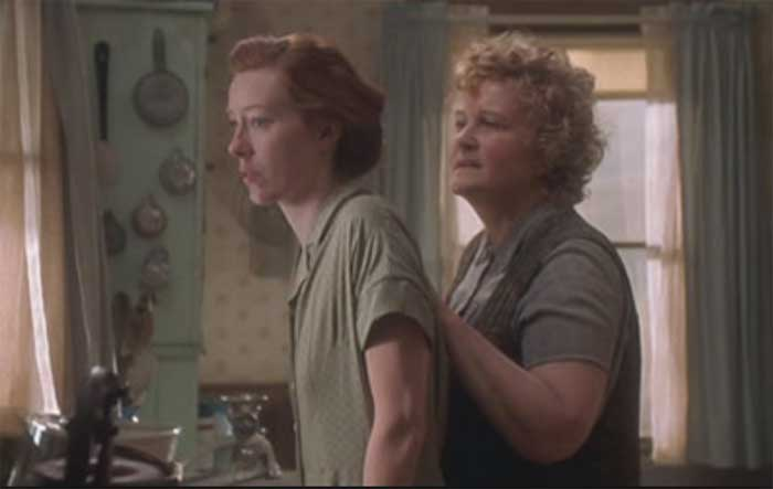 Molly Parker and Brenda Fricker in War Bride