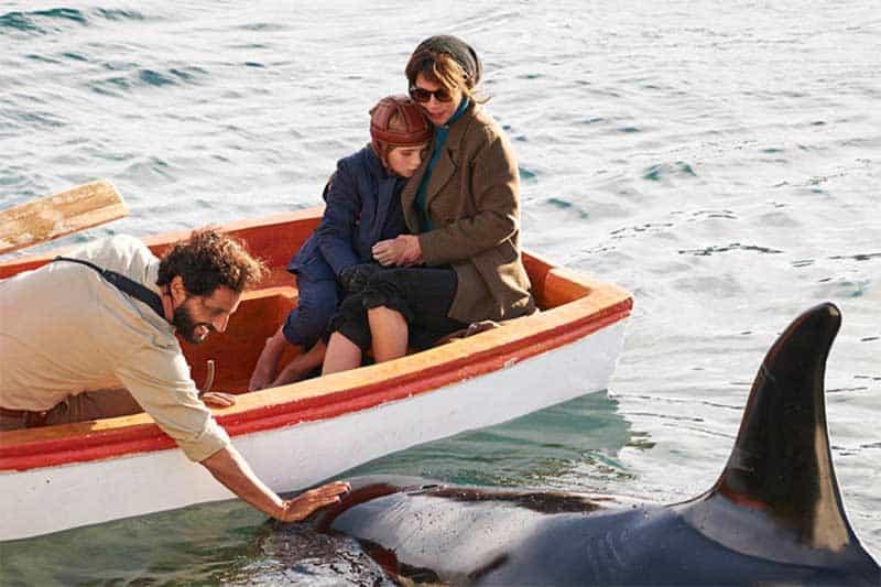 Joaquín Furriel, Maribel Verdú, and Joaquín Rapalini in The Lighthouse of the Orcas (El faro de las orcas)