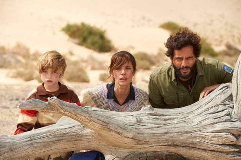 Joaquín Furriel, Maribel Verdú, and Joaquín Rapalini in El faro de las orcas, the lighthouse of the orcas