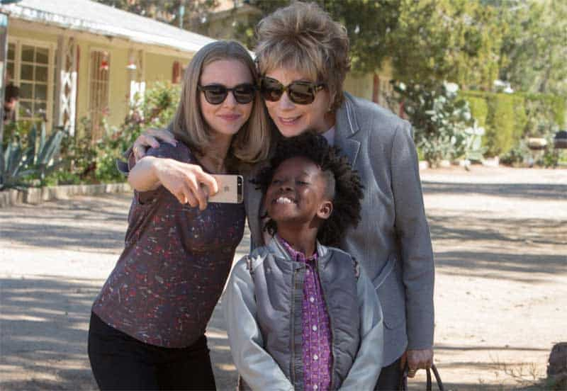 Shirley MacLaine, Amanda Seyfried, and AnnJewel Lee Dixon in The Last Word