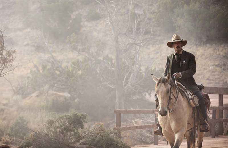Scoot McNairy in Godless