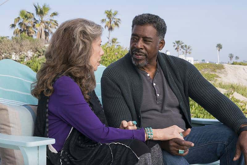 Lily Tomlin and Ernie Hudson in Grace and Frankie