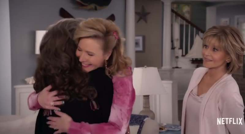 Lily Tomlin, Lisa Kudrow, and Jane Fonda in Grace and Frankie