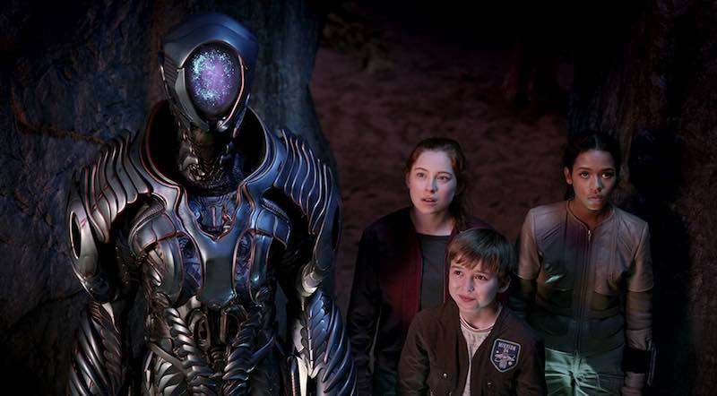 Brian Steele, Maxwell Jenkins, Mina Sundwall, and Taylor Russell in Lost in Space