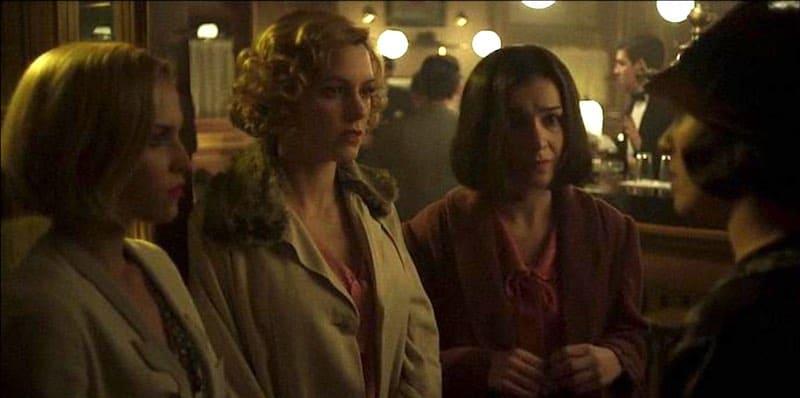 Blanca Suárez, Maggie Civantos, Nadia de Santiago, Ana Fernández in Cable Girls (Las Chicas del Cable)