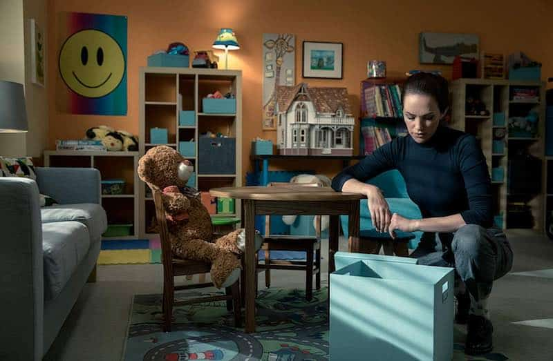 Kate Siegel in The Haunting of Hill House