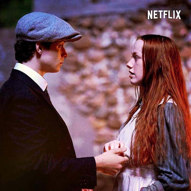 Lucas Jade Zumann and Amybeth McNulty in Anne with an E