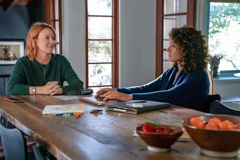Laurel Holloman and Jennifer Beals in The L Word: Generation Q