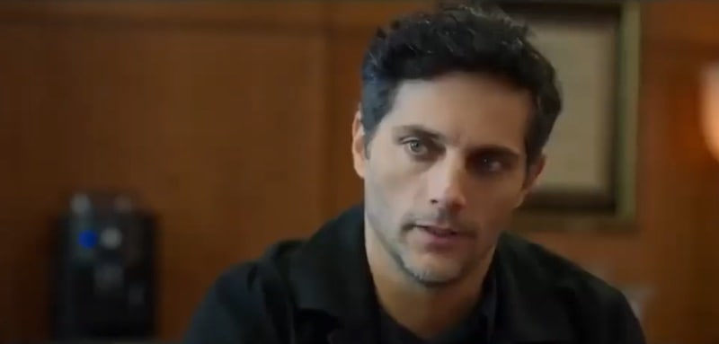 Joaquín Furriel in Intuition