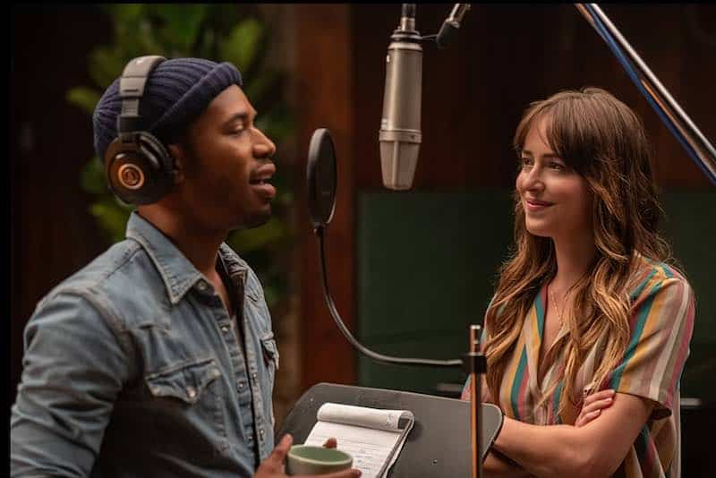 Dakota Johnson and Kelvin Harrison Jr. in The High Note