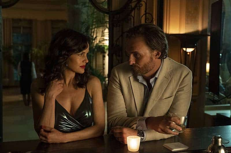 Carla Gugino and Greg Bryk in Jett