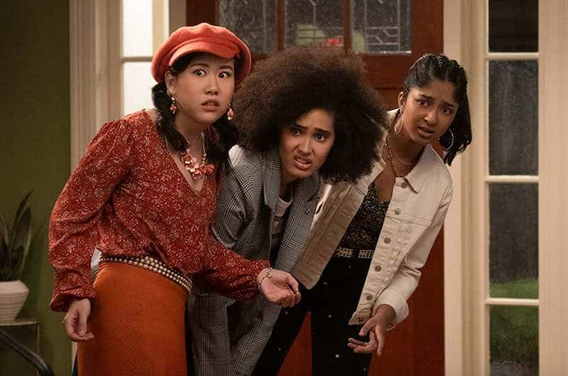 Ramona Young, Lee Rodriguez, and Maitreyi Ramakrishnan in Never Have I ever